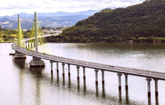 """Ponte Estaiada """"Anita Garibaldi"""""""